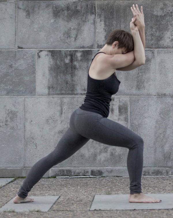 Gerakan Forrest Yoga