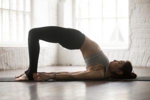 bridge pose untuk mengurangi nyeri haid